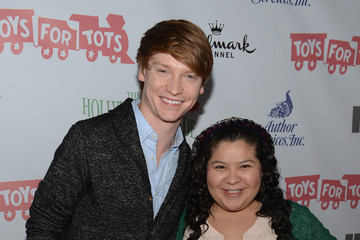 Calum Worthy Arrivals at the Hollywood Christmas Parade — Part 3