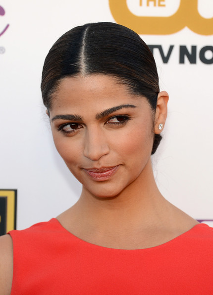 Camila Alves - Arrivals at the Critics' Choice Awards — Part 2