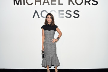 Camila Coelho Michael Kors and Google Celebrate the New MICHAEL KORS ACCESS Smartwatches