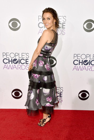 Arrivals at the People's Choice Awards — Part 2 [red carpet,clothing,dress,carpet,shoulder,premiere,hairstyle,fashion,flooring,joint,peoples choice awards,part,california,los angeles,nokia theatre la live,arrivals,camilla luddington]