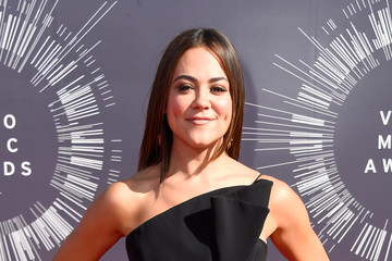 Camille Guaty Arrivals at the MTV Video Music Awards — Part 2