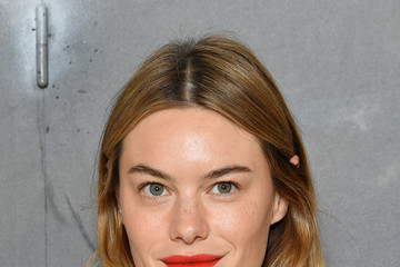 Camille Rowe Christian Dior  : Photocall - Paris Fashion Week - Haute Couture Fall/Winter 2019/2020