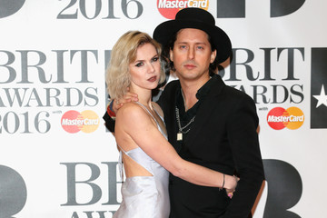 Carl Barat Brit Awards 2016 - Red Carpet Arrivals