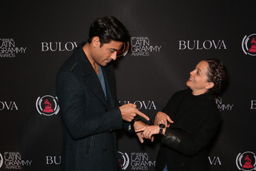 Carlos Rivera The 18th Annual Latin Grammy Awards - Gift Lounge - Day 1