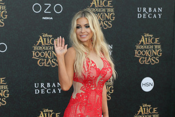 Carmen Electra Premiere of Disney's 'Alice Through The Looking Glass' - Arrivals