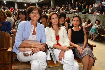 Carole Bouquet PFW: Front Row at Chanel