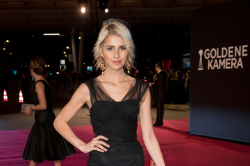 Caroline Daur Goldene Kamera 2017 - Red Carpet Arrivals