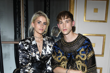 Caroline Daur Balmain : Front Row - Paris Fashion Week - Menswear Spring/Summer 2018