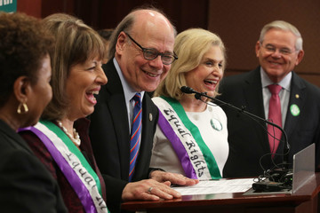 Carolyn Maloney Democratic Representatives Hold Press Conference Calling For The Ratification Of The Equal Rights Amendment