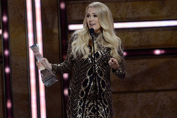 Carrie Underwood 2018 CMT Artists Of The Year - Inside