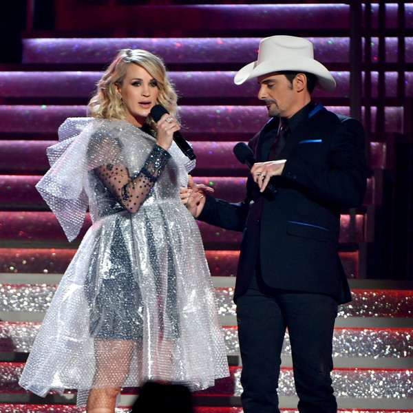 The 52nd Annual CMA Awards - Social Ready Content [performance,fashion,event,performing arts,public event,stage,headgear,dress,fashion design,carpet,carrie underwood,brad paisley,content,nashville,tennessee,bridgestone arena,cma awards]