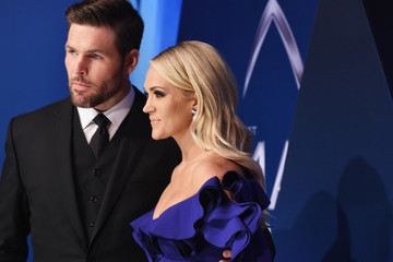 Carrie Underwood The 51st Annual CMA Awards - Arrivals