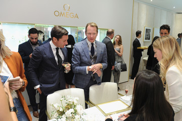 Carson Kressley OMEGA Unveils 'Her Time' Pop-Up Boutique with Naomie Harris