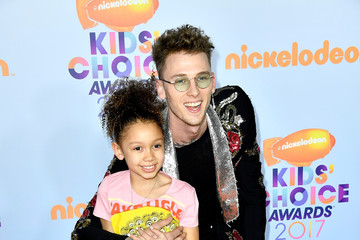 Casie Colson Baker Nickelodeon's 2017 Kids' Choice Awards - Arrivals