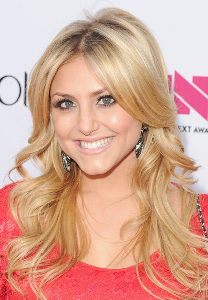 "Cassie Scerbo - Logo's ""NewNowNext Awards"" 2012 - Red Carpet"