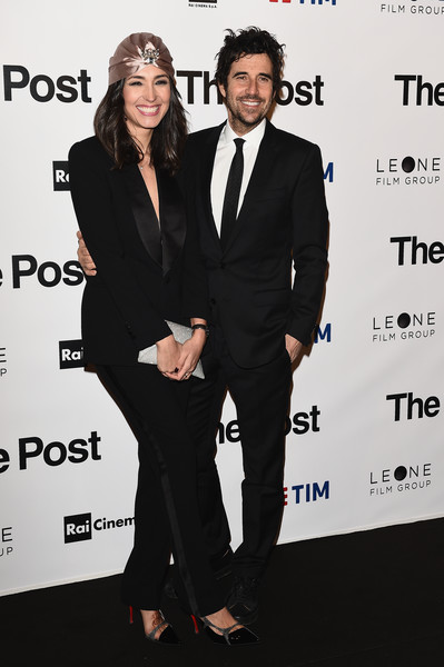 'The Post' Red Carpet in Milan [suit,formal wear,tuxedo,premiere,pantsuit,white-collar worker,event,dress,carpet,style,caterina balivo,guido maria brera,milan,italy,post red carpet,the post,premiere]