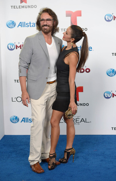 http://www1.pictures.zimbio.com/gi/Catherine+Siachoque+Miguel+Varoni+Arrivals+o5NQwd3yghZl.jpg