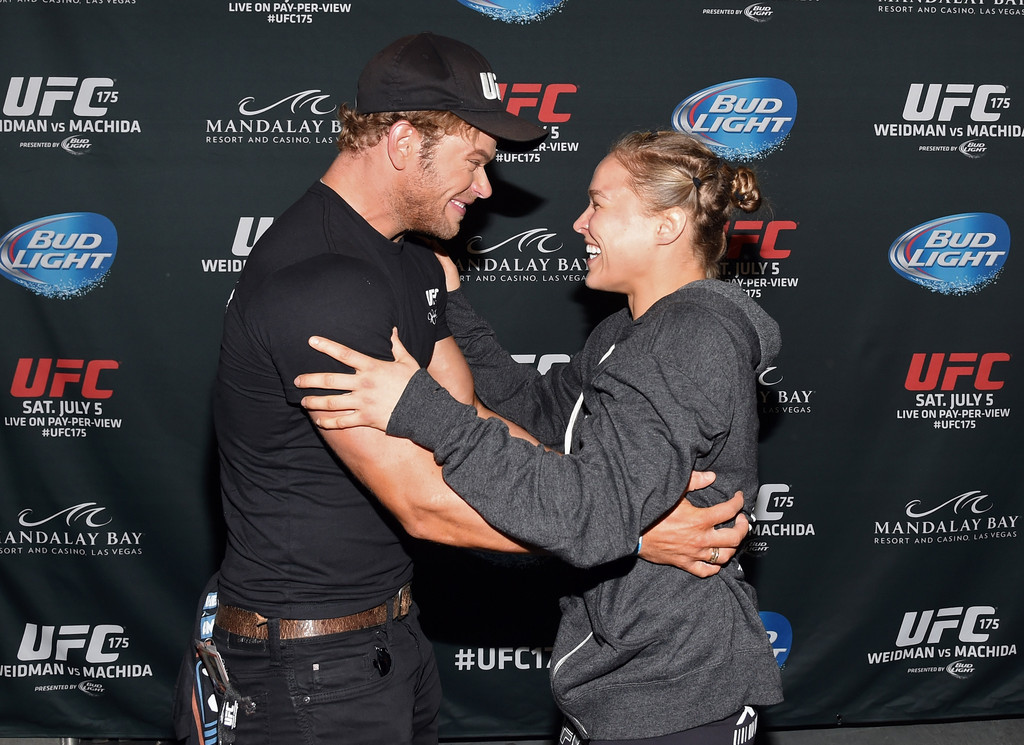 Who is ronda rousey dating in Australia