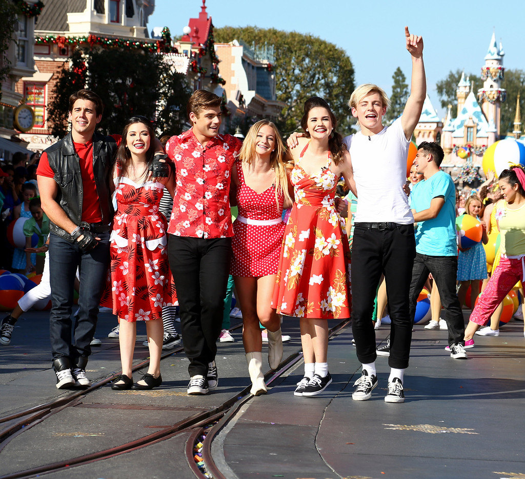 Mollee gray getty images - Mollee Gray John Deluca Celebs Visit Disney Parks