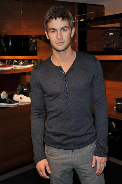 Chace Crawford Photos ... Ed Westwick Girlfriend