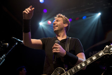 Chad Kroeger Nickelback Special Announcement and Live Performance