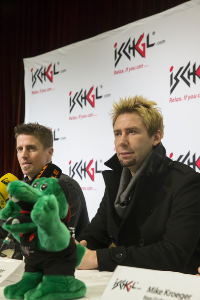 http://www1.pictures.zimbio.com/gi/Chad+Kroeger+Nickelback+Perform+Top+Mountain+VkO54mXe1cHl.jpg