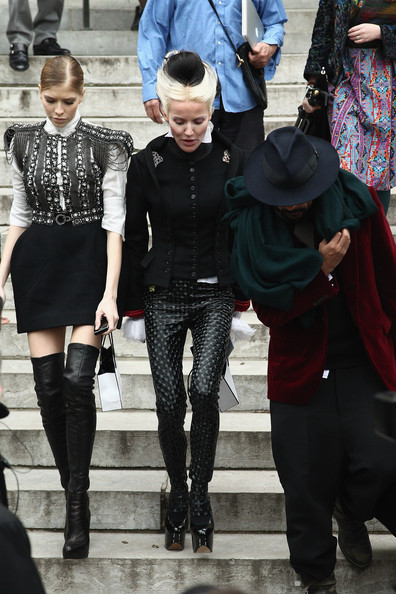 Daphne Guinness (C) attends the Chanel Haute-Couture Spring/Summer 2012 Show as part of Paris Fashion Week at Grand Palais on January 24, 2012 in Paris, France.