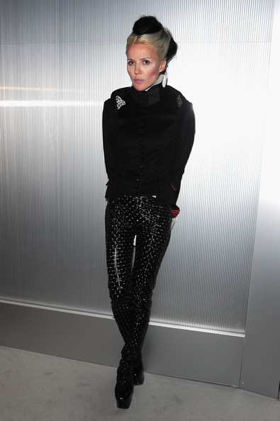 Daphne Guinness attends the Chanel Haute-Couture Spring / Summer 2012 Show as part of Paris Fashion Week at Grand Palais on January 24, 2012 in Paris, France.