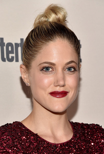 charity wakefield height