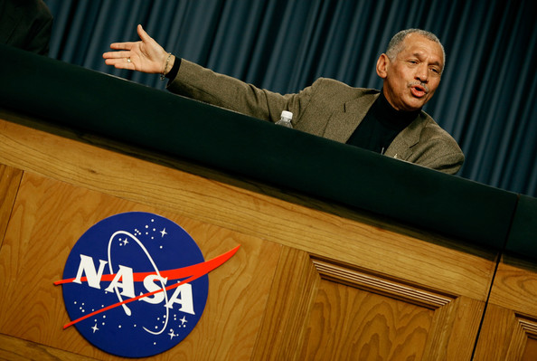NASA Director Charles Bolden - Pics about space