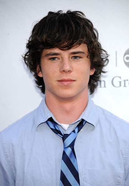 charlie mcdermott the office