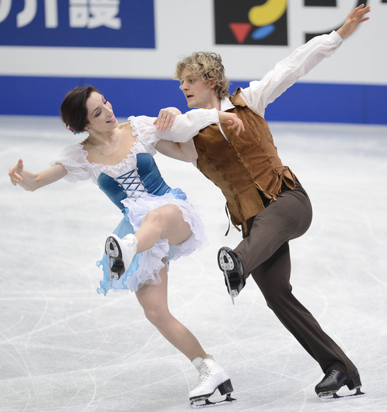Ice skaters davis and white hookup