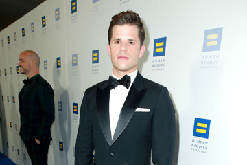 Charlie Carver The Human Rights Campaign 2018 Los Angeles Gala Dinner - Red Carpet