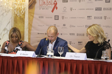 Charlize Theron Life Ball 2015 - Press Conference