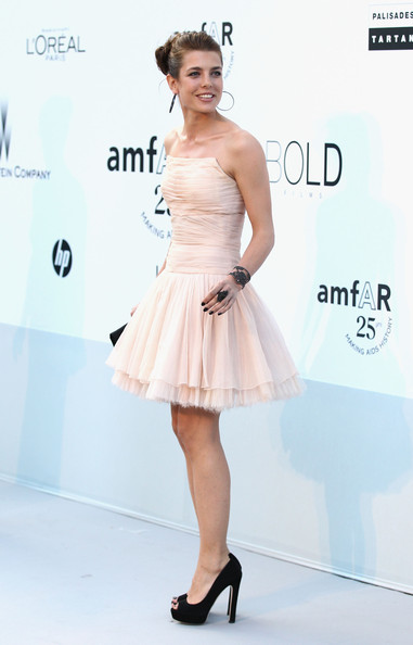 Charlotte+Casiraghi+amfAR+Gala+Red+Carpet+LBg4oR3FEJMl.jpg