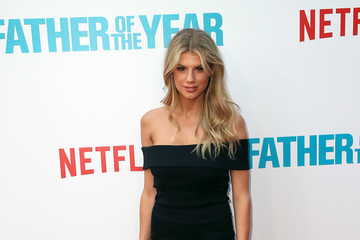 Charlotte McKinney Netflix's 'Father Of The Year' Special Screening - Arrivals