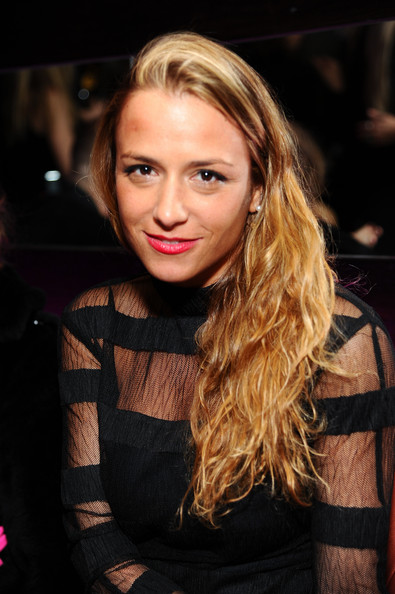 Charlotte Ronson earned a  million dollar salary, leaving the net worth at 45 million in 2017