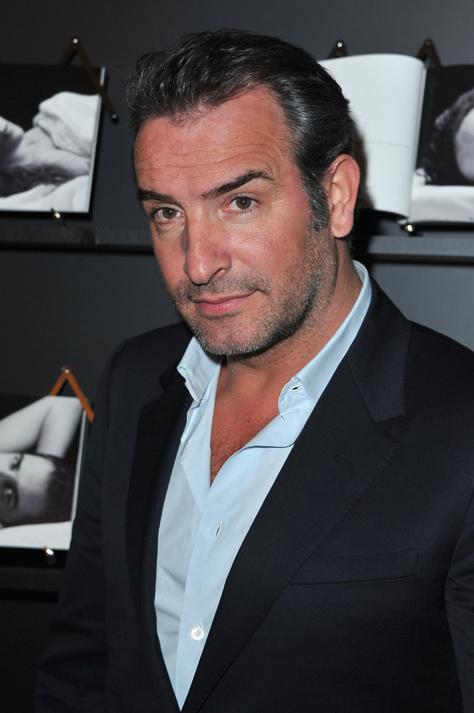 Jean dujardin photos photos chaumet 39 s cocktail party for for Photo jean dujardin