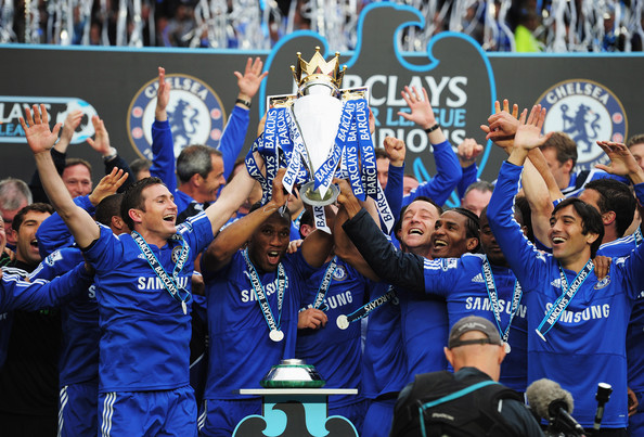 John Terry and Frank Lamaprd of Chelse lift the trophy after the Barclays Premier League match between Chelsea and Wigan Athletic at Stamford Bridge on May 9, 2010 in London, England. Chelsea won 8-0 to win the title.