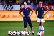 Alex Morgan Julie Ertz Photos Photo