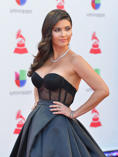 The 19th Annual Latin GRAMMY Awards - Red Carpet