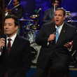 Chris Christie can carry a tune.