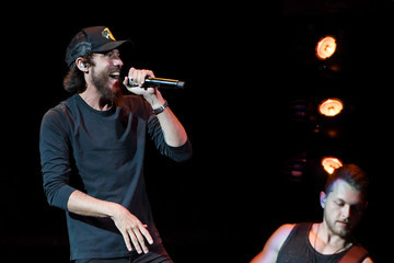 Chris Janson Chris Young In Concert With Chris Janson And LOCASH - Las Vegas, NV