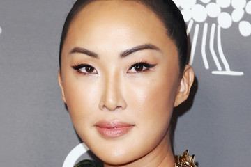 Chriselle Lim 2018 Baby2Baby Gala Presented By Paul Mitchell - Red Carpet