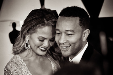 Chrissy Teigen Alternative View of the 87th Annual Academy Awards