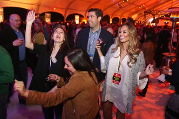 Chrissy Tiegen Amstel Light Burger Bash Presented By Schweid & Sons Hosted By Rachael Ray - 2015 Food Network & Cooking Channel South Beach Wine & Food Festival