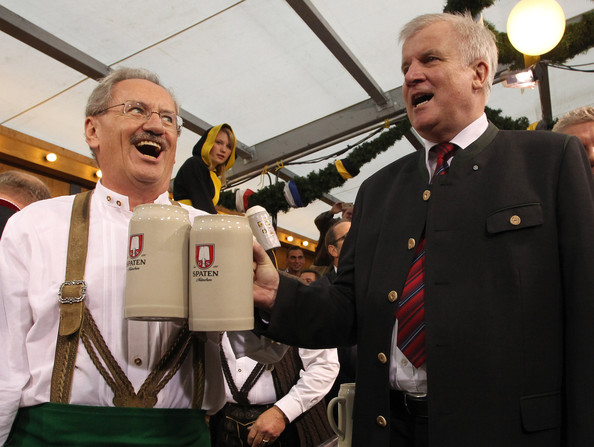 http://www1.pictures.zimbio.com/gi/Christian+Ude+Opening+Parade+Oktoberfest+2012+7qkd363-h2kl.jpg