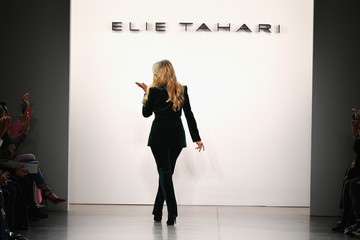 Christie Brinkley Elie Tahari - Runway - February 2019 - New York Fashion Week: The Shows