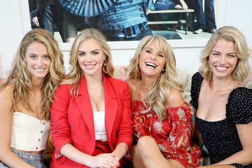 Christie Brinkley Kate Upton Social Ready Content July 2018