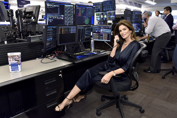 Cindy Crawford Annual Charity Day Hosted By Cantor Fitzgerald, BGC, And GFI - Cantor Fitzgerald Office - Inside
